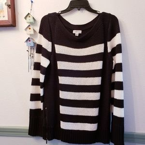 Calvin Klein Stripped Knited Sweater Large